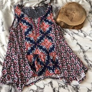 Anthropologie Akemi + Kin top Boho Aztec Print